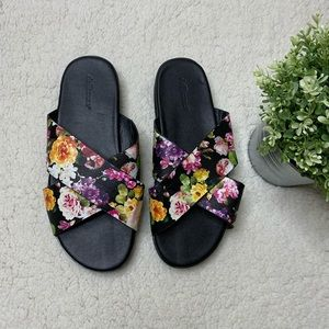Casual Black and Floral Slides